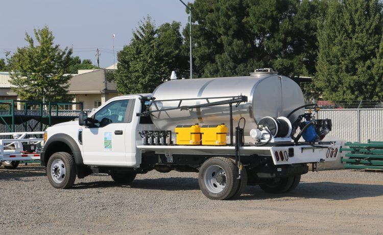 municipal spray truck
